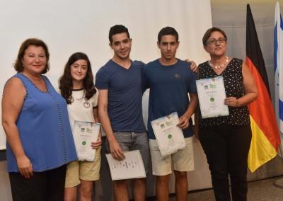 Der dritte Platz: Lihi Z., Roei K., Shavit S. und Nili Lirase